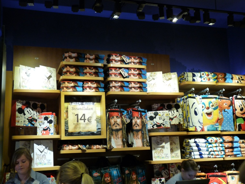disney store anvers belgique  P1140739