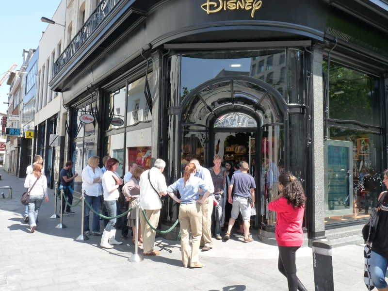 disney store anvers belgique  P1140751