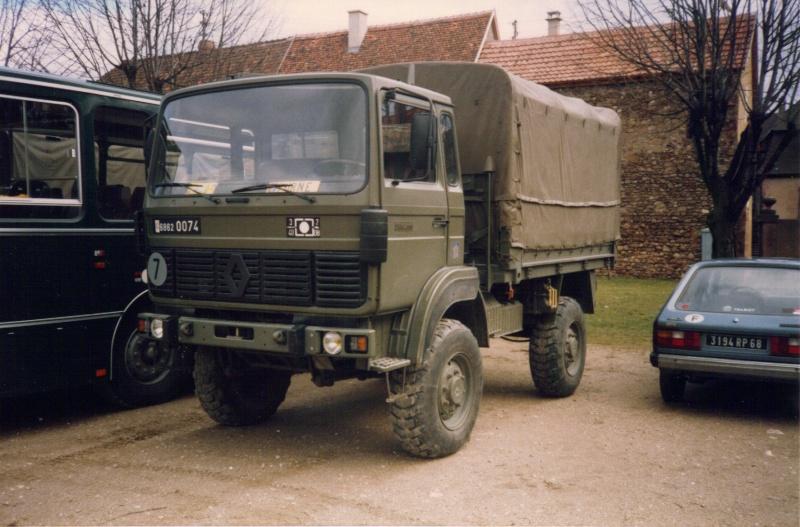 Camions de l'Armée - Page 2 04-06-11