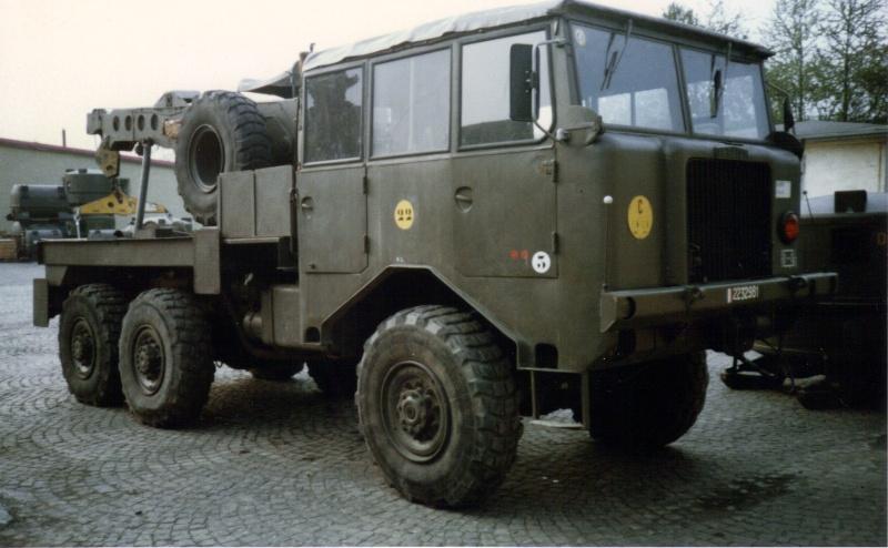 Camions de l'Armée - Page 2 04-06-13