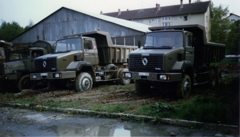 Camions de l'Armée - Page 2 04-06-15