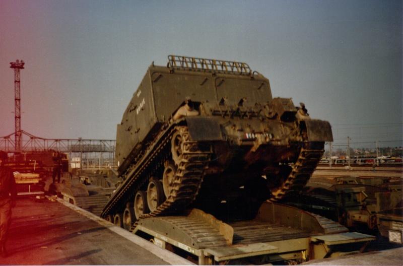 Camions de l'Armée - Page 2 04-06-22