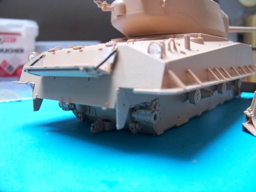 Sherman M4A3E8 easy eight de RFM AU 1/35 - Page 2 100_4743