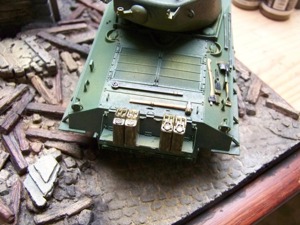 Sherman M4A3E8 easy eight de RFM AU 1/35 - Page 3 100_4823