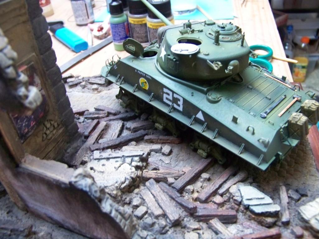 Sherman M4A3E8 easy eight de RFM AU 1/35 - Page 3 100_4824