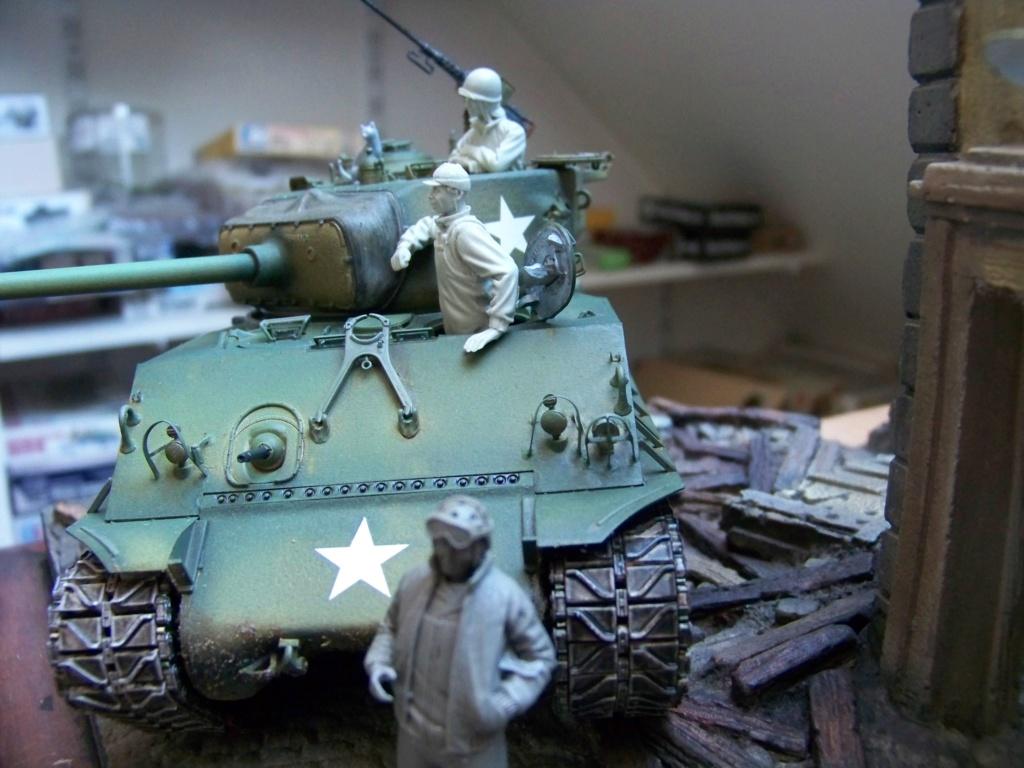 Sherman M4A3E8 easy eight de RFM AU 1/35 - Page 5 100_4914