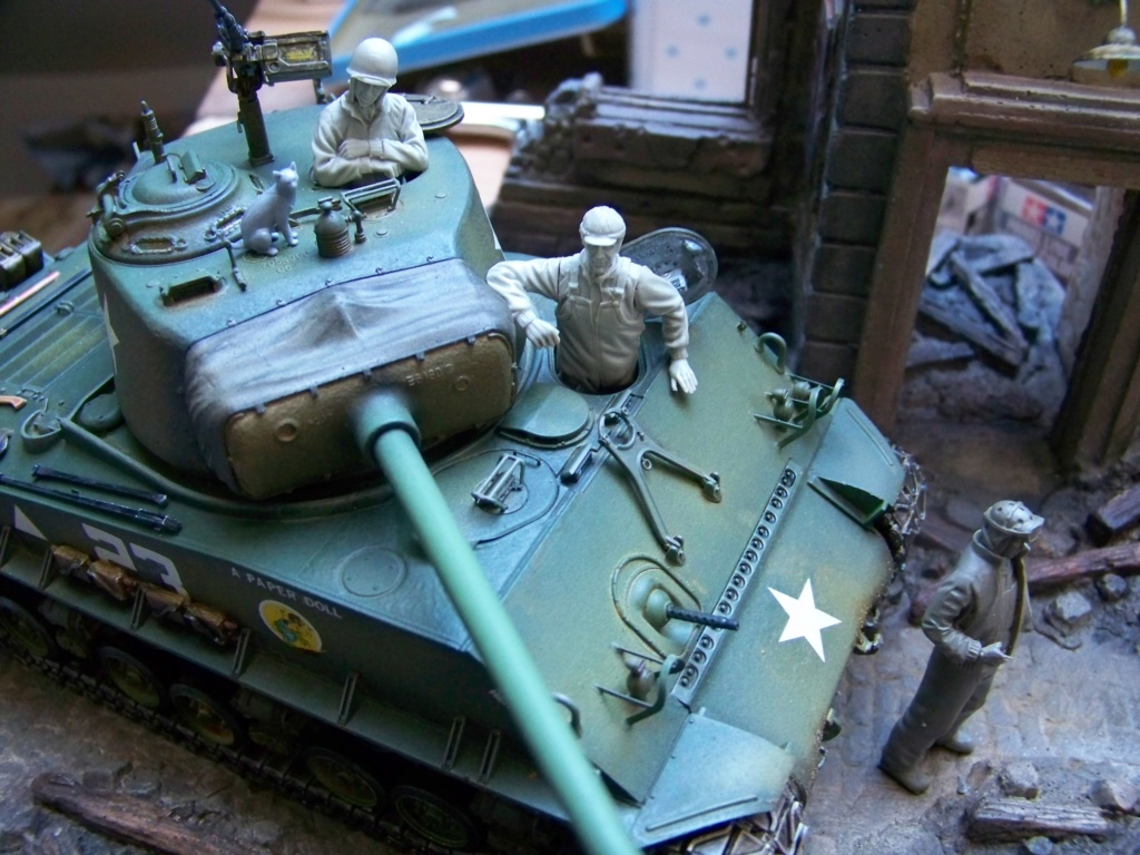 Sherman M4A3E8 easy eight de RFM AU 1/35 - Page 5 100_4916