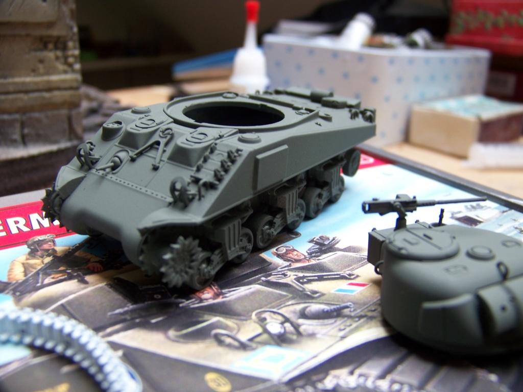 Sherman M4A2 au 1/72 de Heller  - Page 2 100_4947
