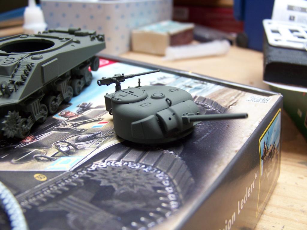 Sherman M4A2 au 1/72 de Heller  - Page 2 100_4948