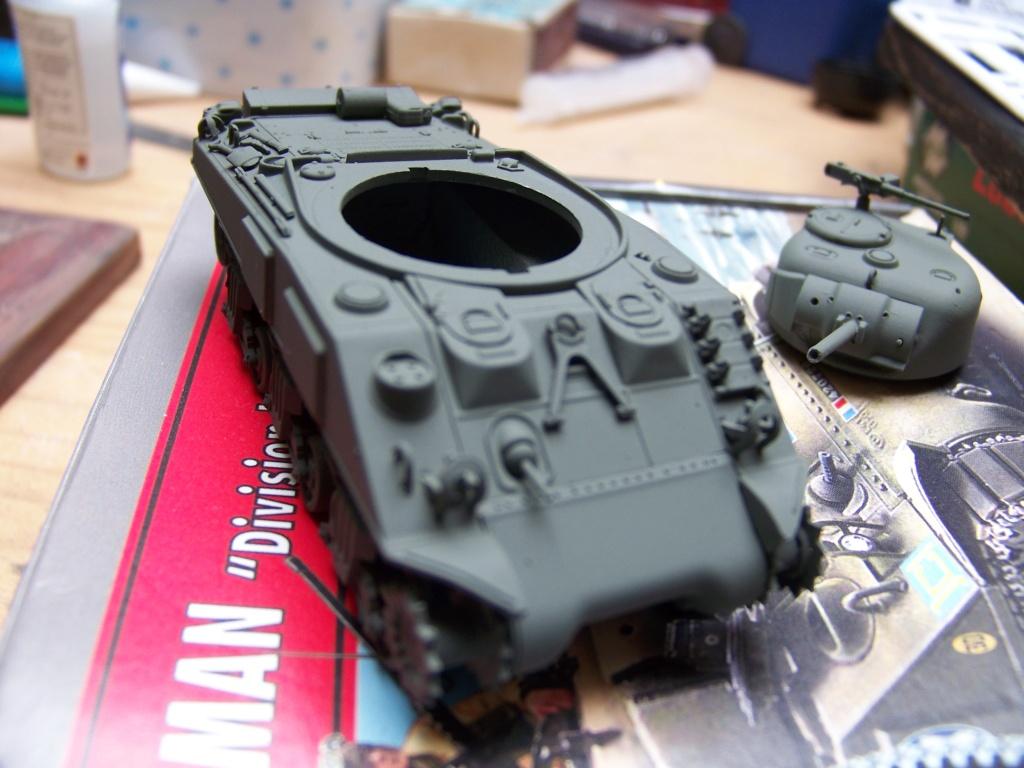 Sherman M4A2 au 1/72 de Heller  - Page 2 100_4949