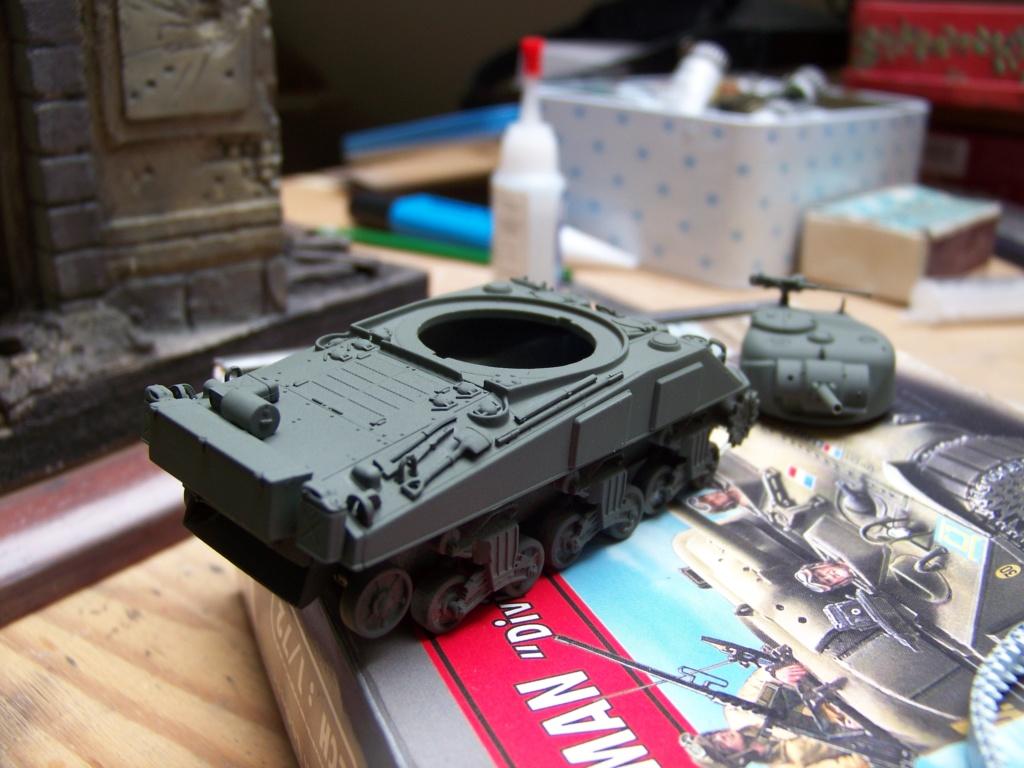 Sherman M4A2 au 1/72 de Heller  - Page 2 100_4950