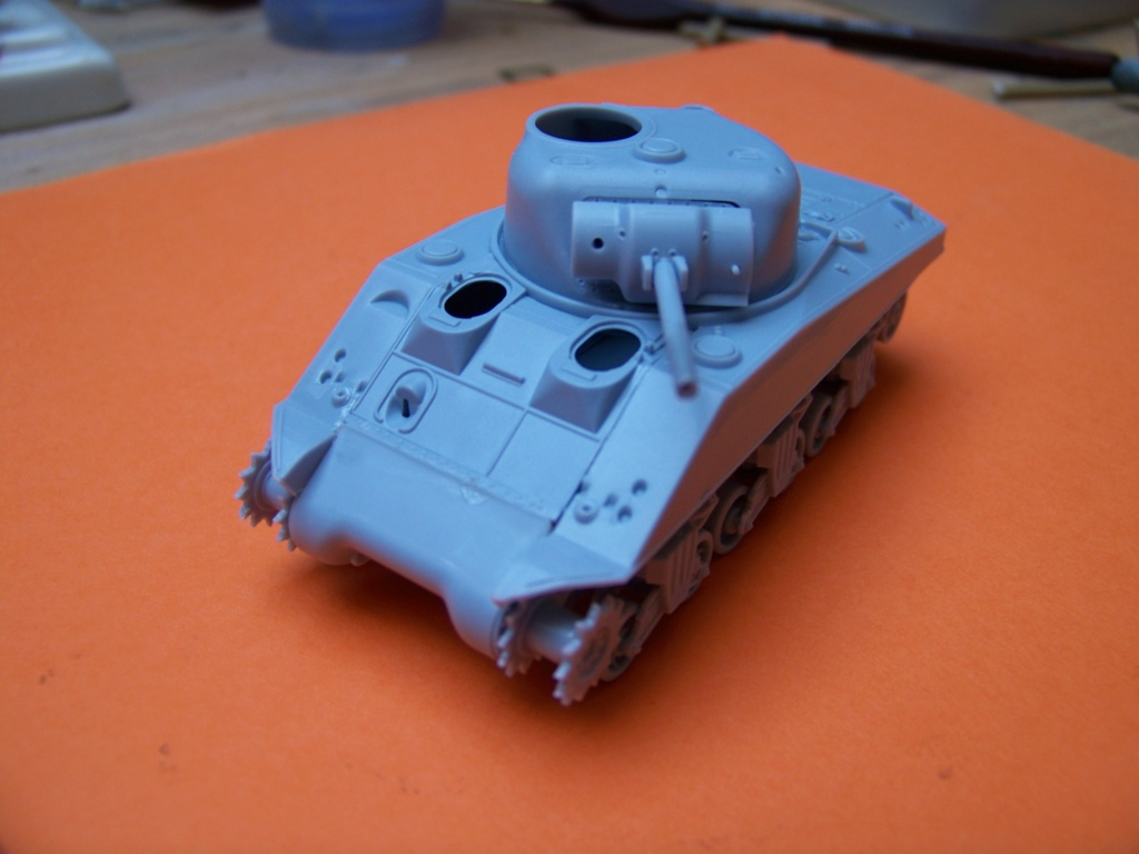 Sherman M4A2 au 1/72 de Heller  - Page 2 100_5432