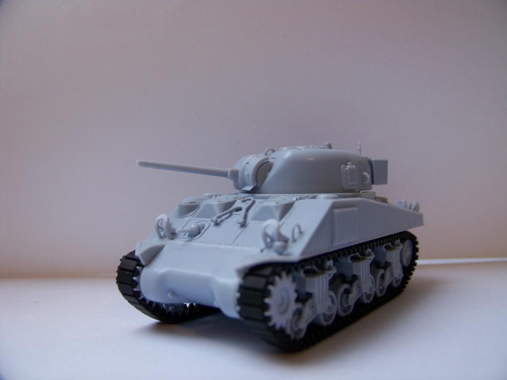Sherman M4A2 au 1/72 de Heller  - Page 3 100_5616