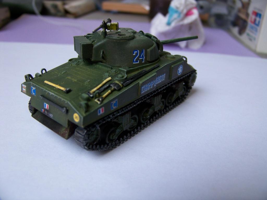 Sherman M4A2 au 1/72 de Heller  - Page 3 100_5710