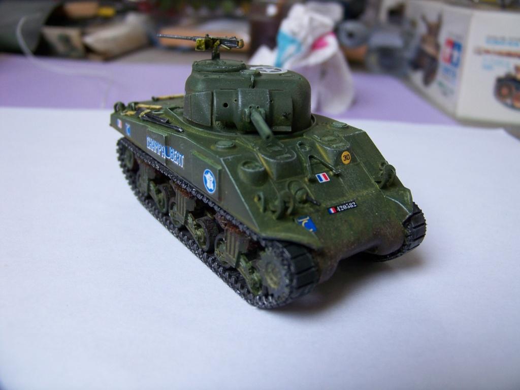 Sherman M4A2 au 1/72 de Heller  - Page 3 100_5713