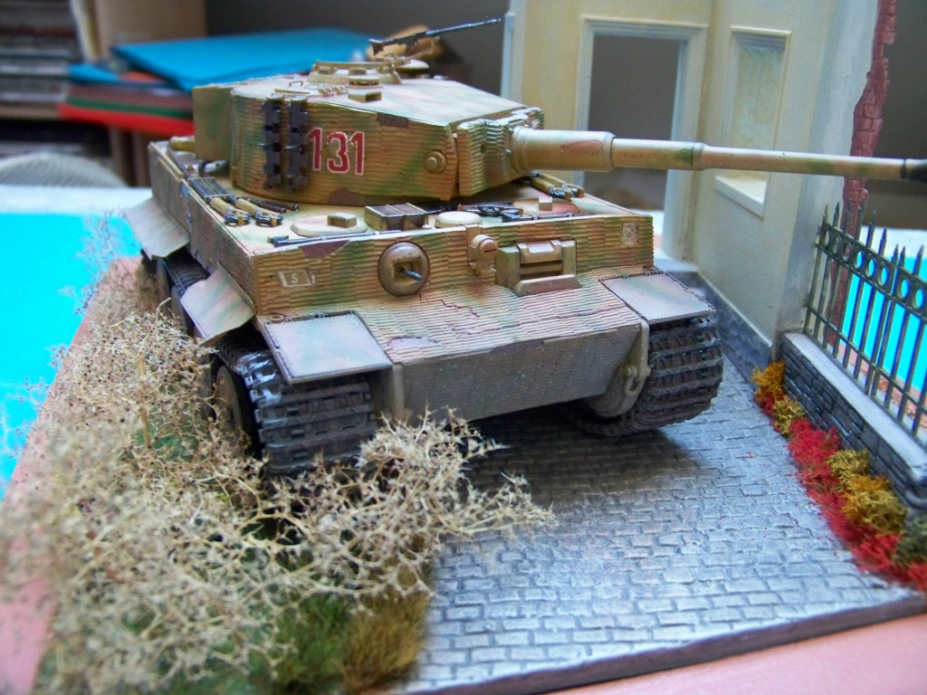 Tiger I milieu production au 1/35 de tamiya  - Page 5 100_5833