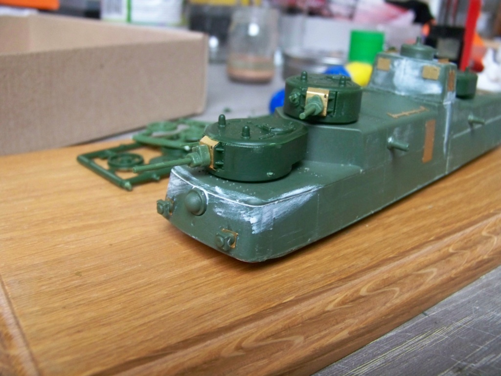 Motorized Armored Railcar MBV-2 au 1/72 de chez Military UM technics - Page 2 100_5923