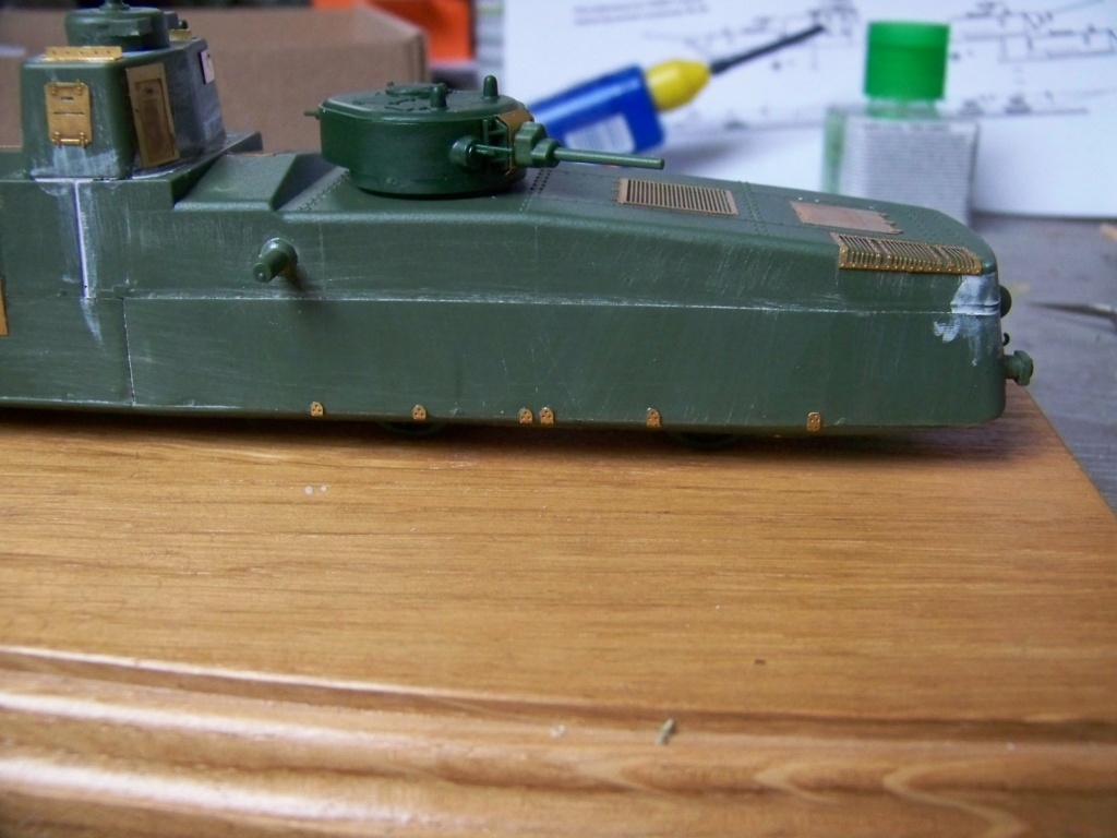 Motorized Armored Railcar MBV-2 au 1/72 de chez Military UM technics - Page 2 100_5928