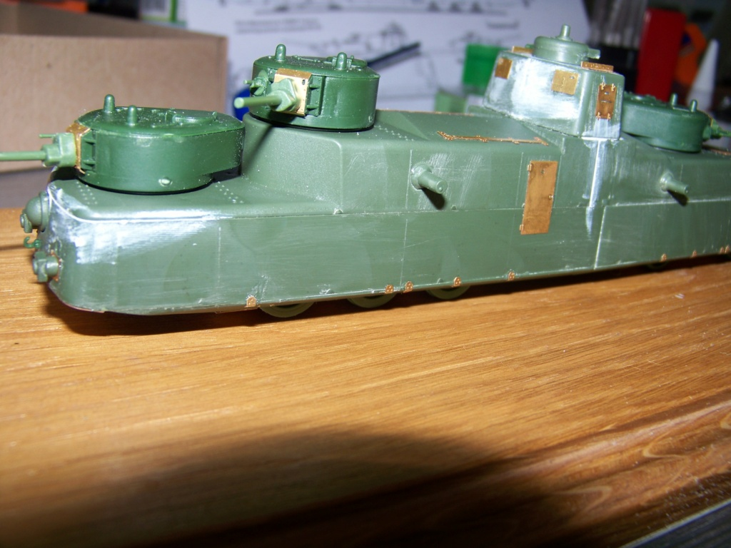 Motorized Armored Railcar MBV-2 au 1/72 de chez Military UM technics - Page 2 100_5929