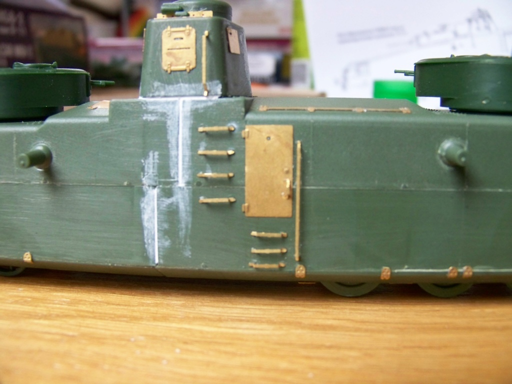 Motorized Armored Railcar MBV-2 au 1/72 de chez Military UM technics - Page 2 100_6010