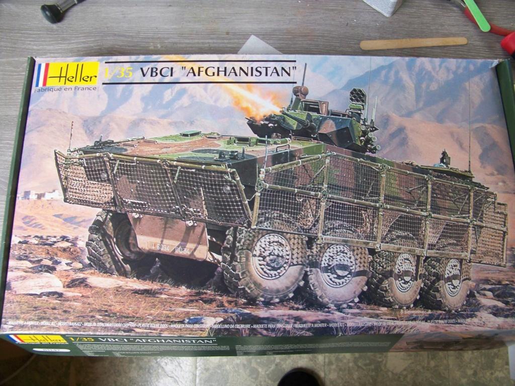 le véhicule blindé de combat ou VBCI de Heller au 1/35 102_6027