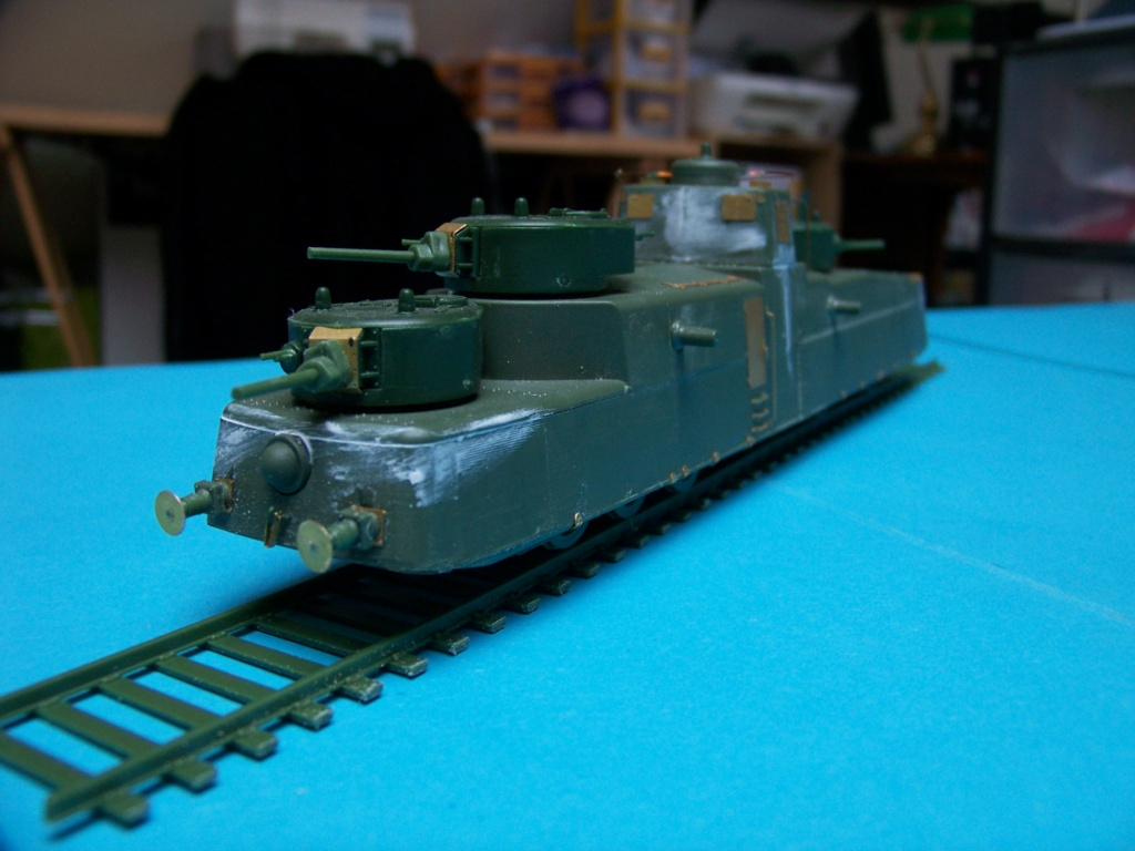 Motorized Armored Railcar MBV-2 au 1/72 de chez Military UM technics - Page 2 102_6044