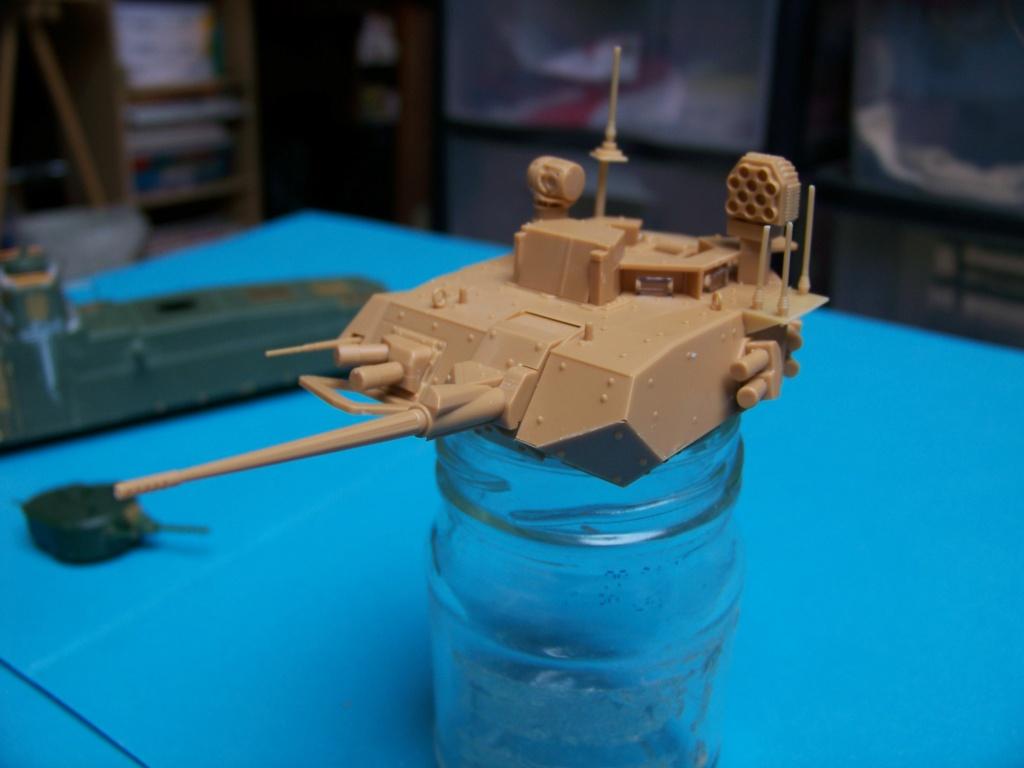 le véhicule blindé de combat ou VBCI de Heller au 1/35 102_6114