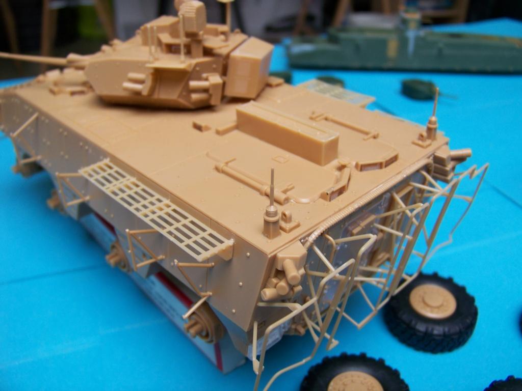 le véhicule blindé de combat ou VBCI de Heller au 1/35 102_6119