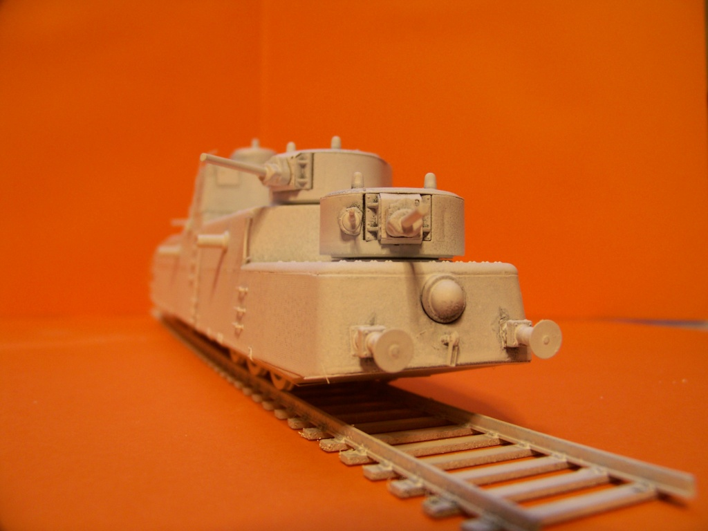 Motorized Armored Railcar MBV-2 au 1/72 de chez Military UM technics - Page 2 102_6125