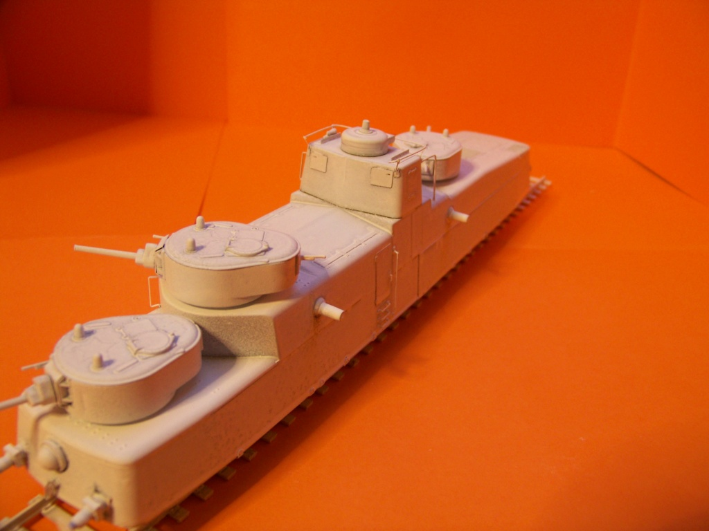 Motorized Armored Railcar MBV-2 au 1/72 de chez Military UM technics - Page 2 102_6129