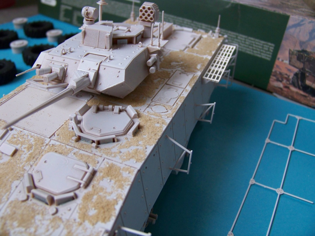 le véhicule blindé de combat ou VBCI de Heller au 1/35 - Page 2 102_6142