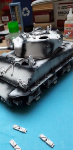 Sherman M4A3E8 easy eight de RFM AU 1/35 - Page 3 20200119