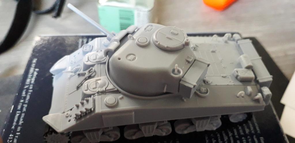 Sherman M4A2 au 1/72 de Heller  20200334