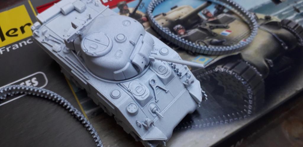 Sherman M4A2 au 1/72 de Heller  20200350
