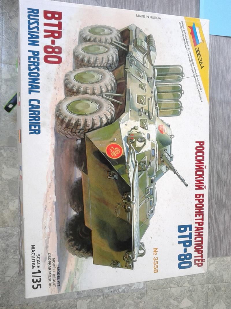BTR 80 au 1/35 de zvezda  Img_2047
