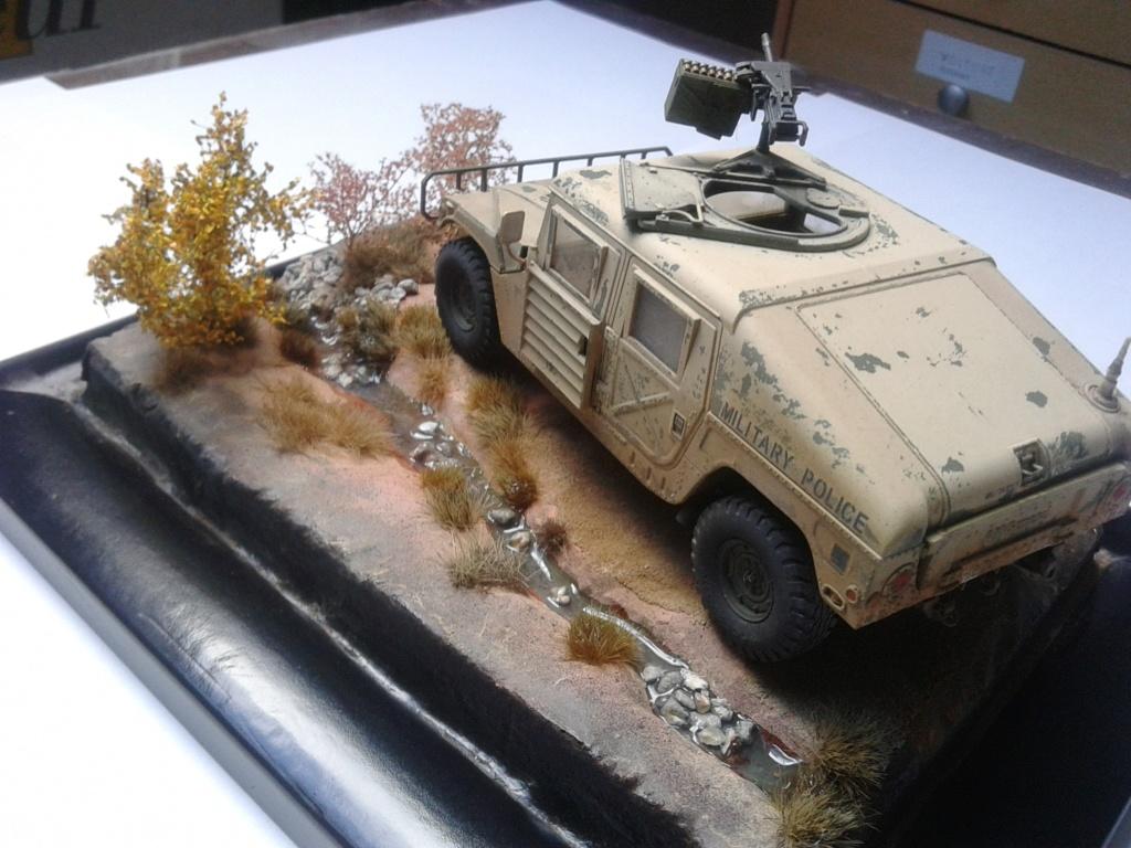 M1025 Humvee au 1/35 de tamiya - Page 2 Img_2189