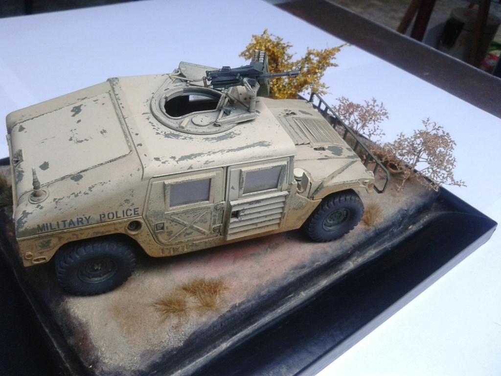 M1025 Humvee au 1/35 de tamiya - Page 2 Img_2192