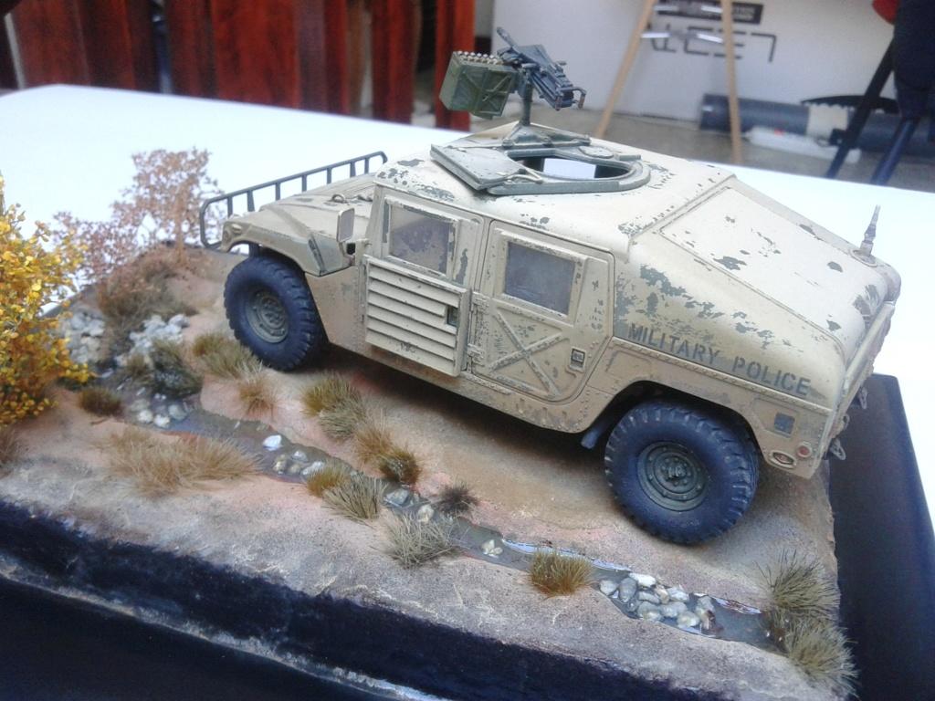 M1025 Humvee au 1/35 de tamiya - Page 2 Img_2193