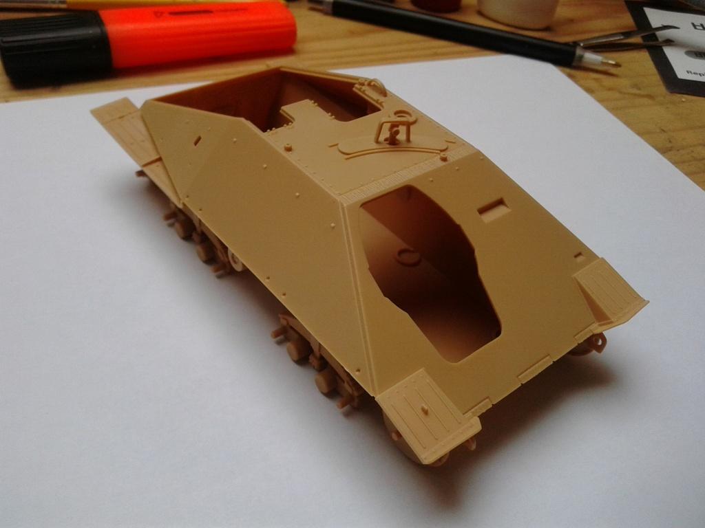 Jagdpanzer 38t Hetzer au 1/35 de Academy  Img_2201