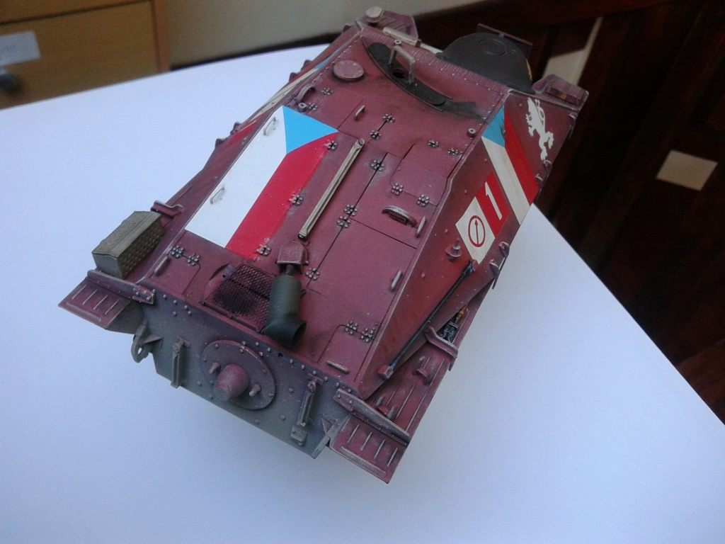 Jagdpanzer 38t Hetzer au 1/35 de Academy  Img_2224