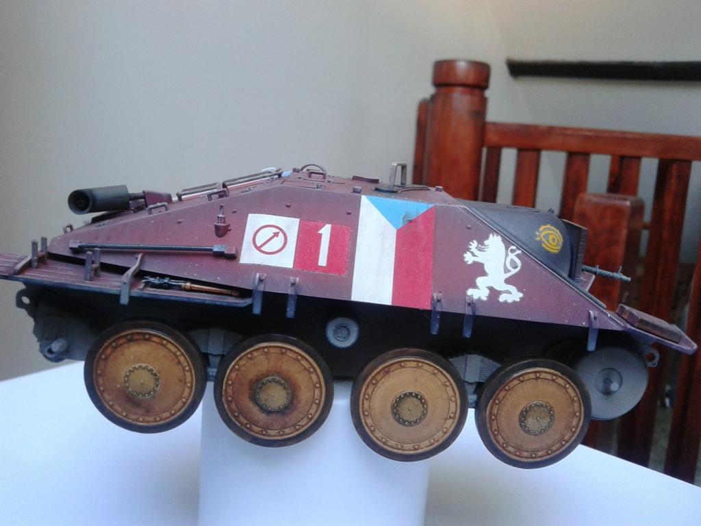 Jagdpanzer 38t Hetzer au 1/35 de Academy  Img_2228