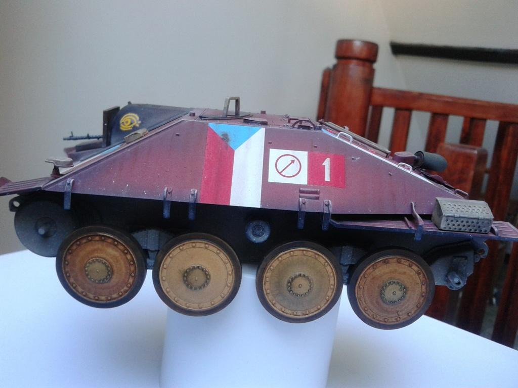 Jagdpanzer 38t Hetzer au 1/35 de Academy  Img_2230