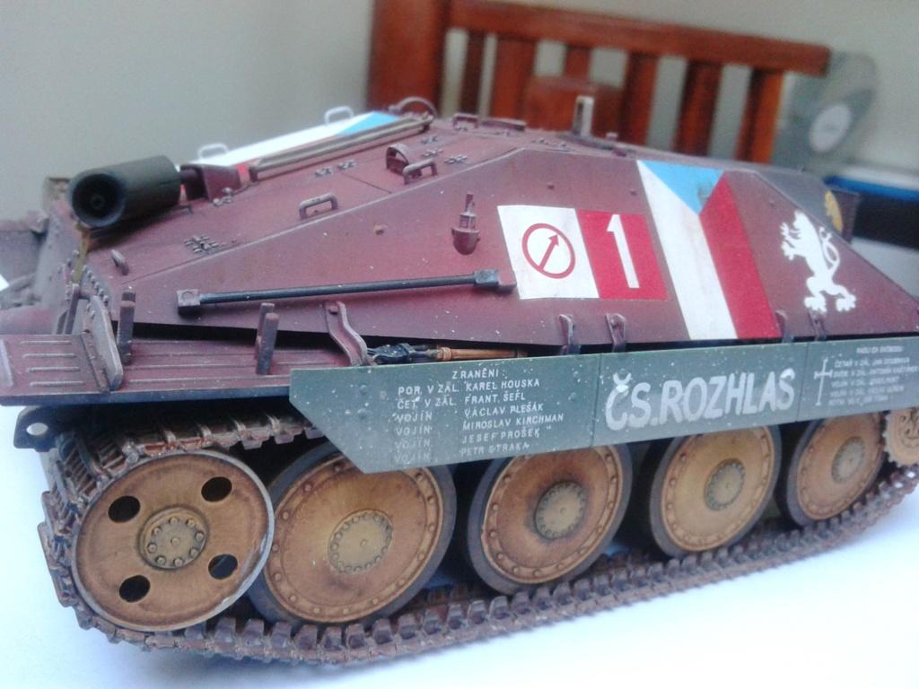 Jagdpanzer 38t Hetzer au 1/35 de Academy  - Page 2 Img_2234