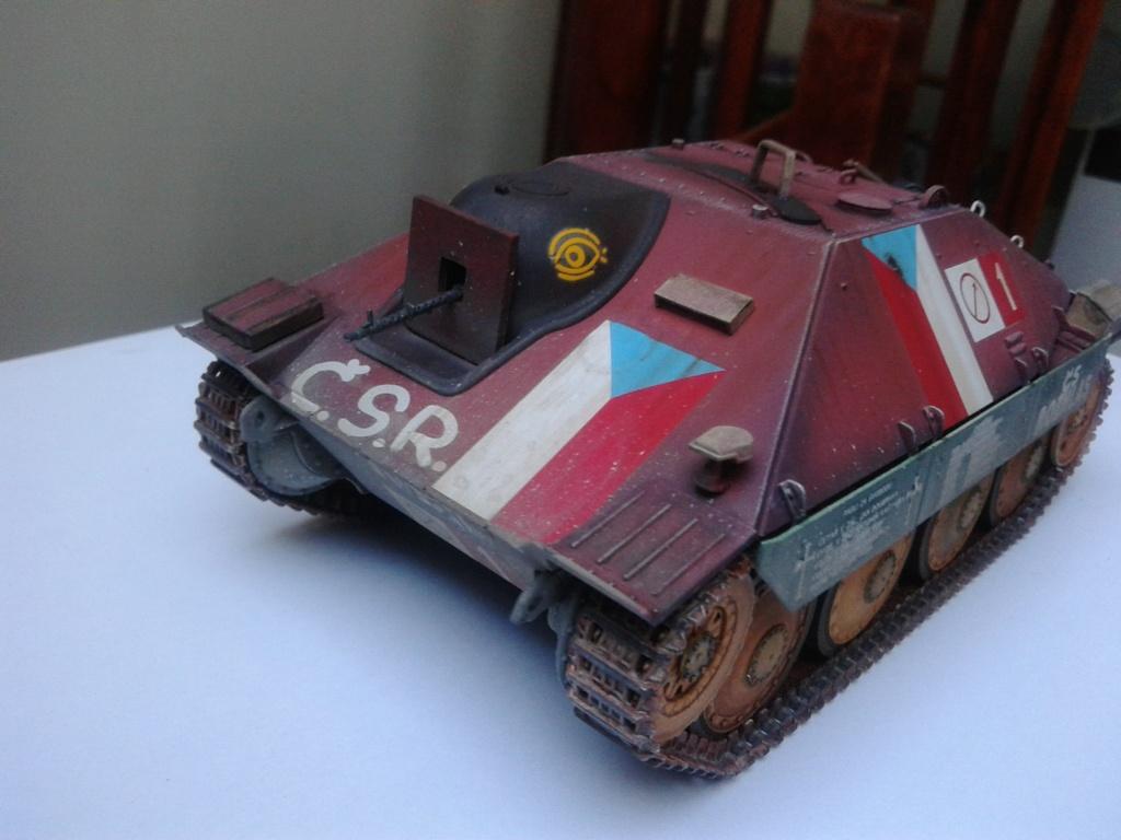 Jagdpanzer 38t Hetzer au 1/35 de Academy  - Page 2 Img_2238