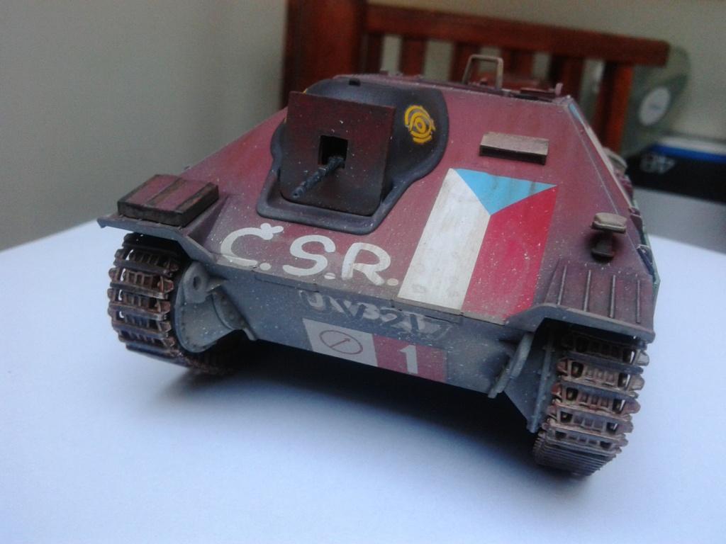Jagdpanzer 38t Hetzer au 1/35 de Academy  - Page 2 Img_2239