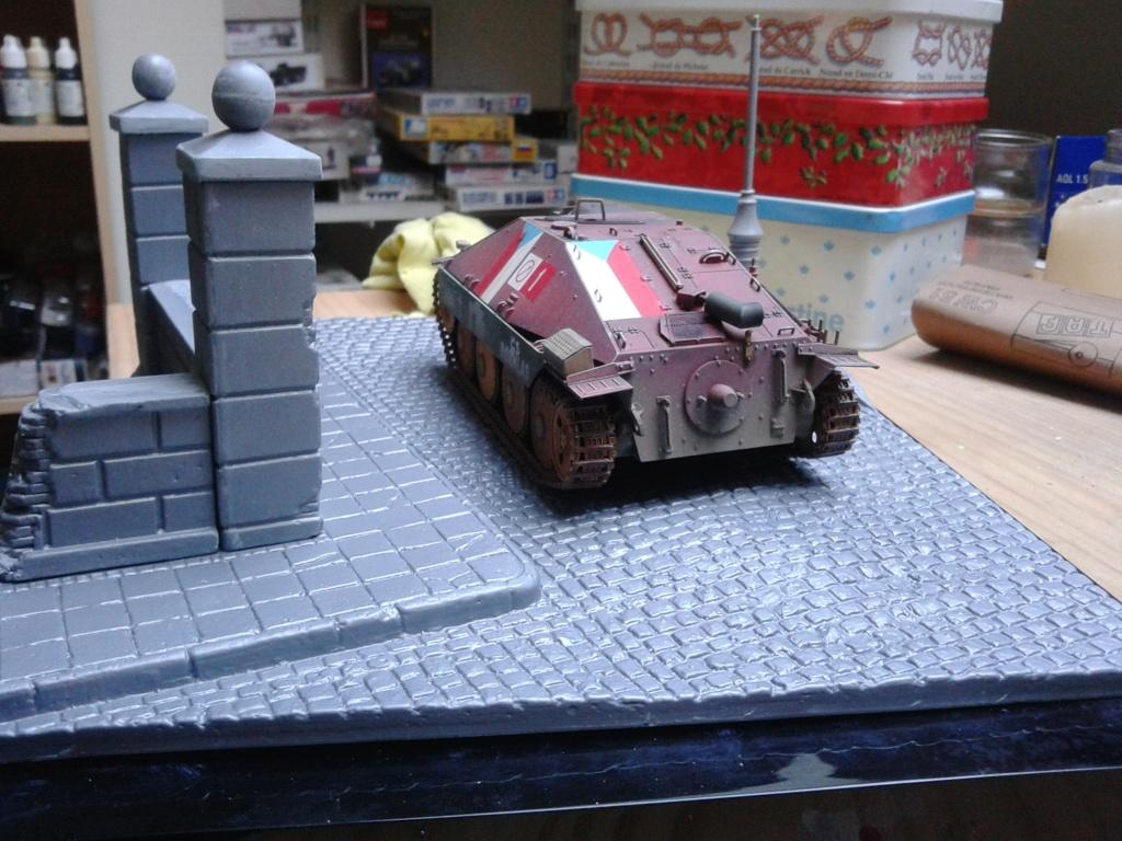 Jagdpanzer 38t Hetzer au 1/35 de Academy  - Page 2 Img_2290