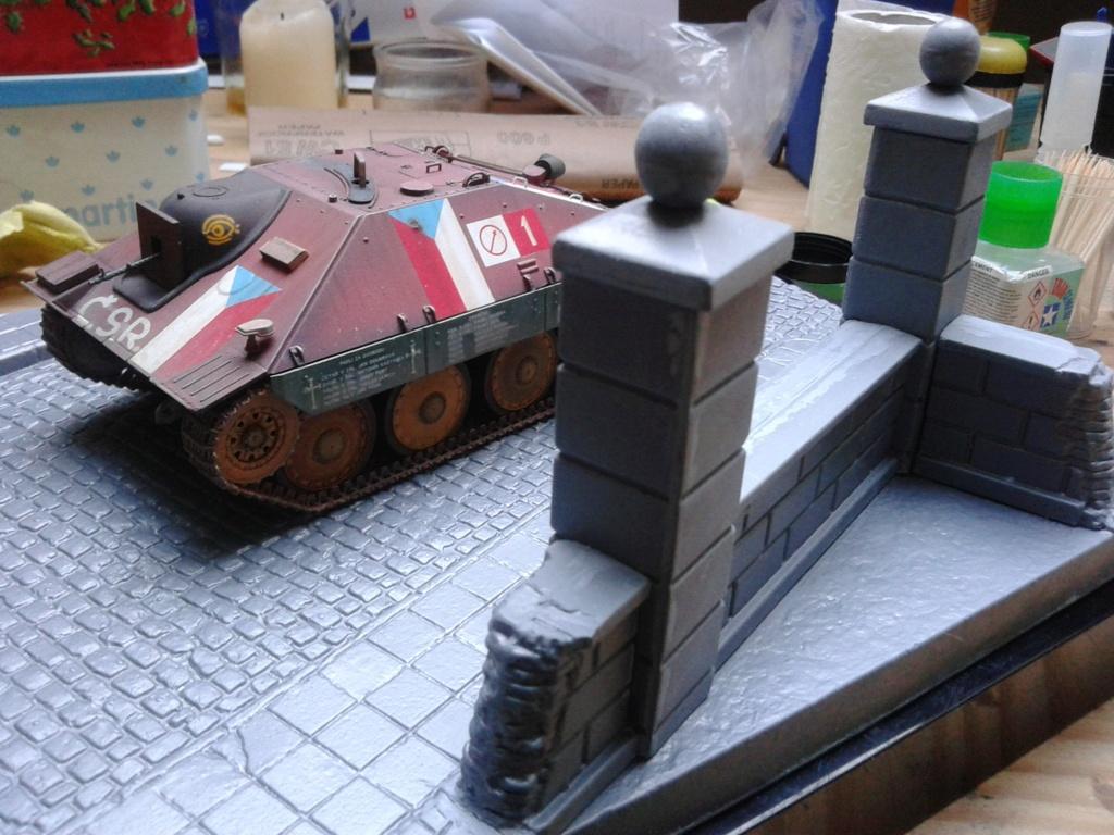 Jagdpanzer 38t Hetzer au 1/35 de Academy  - Page 2 Img_2293