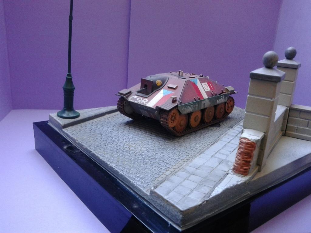 Jagdpanzer 38t Hetzer au 1/35 de Academy  - Page 3 Img_2302
