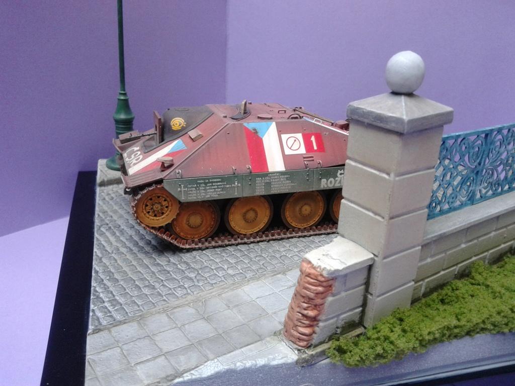 Jagdpanzer 38t Hetzer au 1/35 de Academy  - Page 3 Img_2322