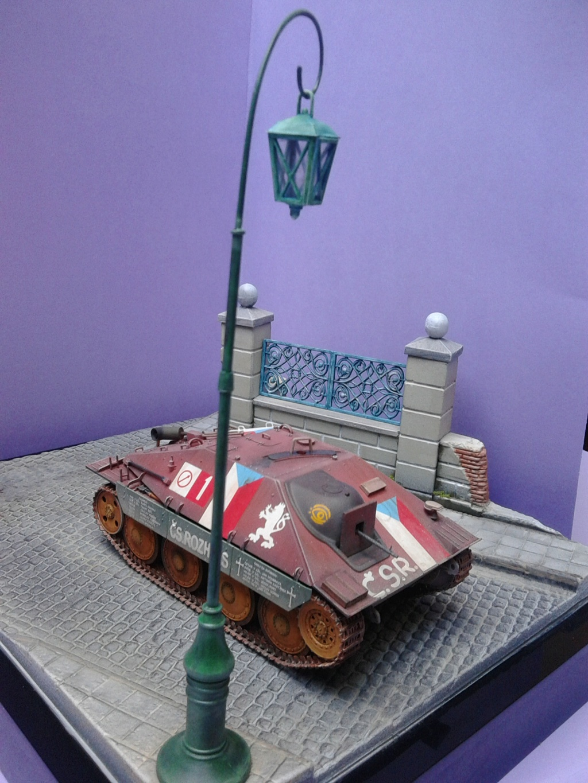 Jagdpanzer 38t Hetzer au 1/35 de Academy  - Page 3 Img_2326